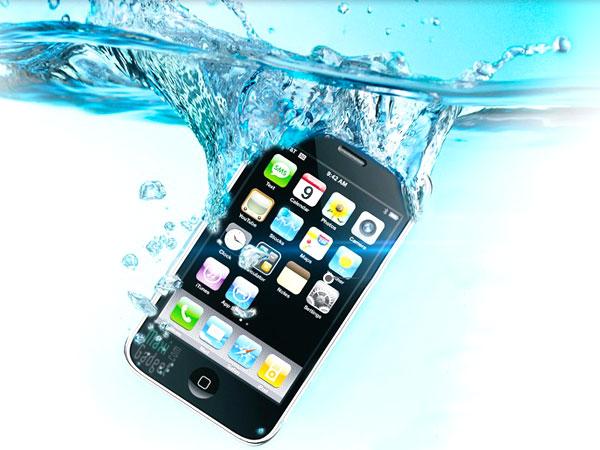 L'été est la, votre portable tombe a l'eau! Quoi Faire
